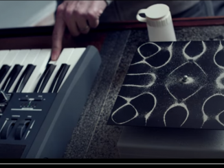 from http://nigelstanford.com/Cymatics/Behind_the_Scenes.aspx